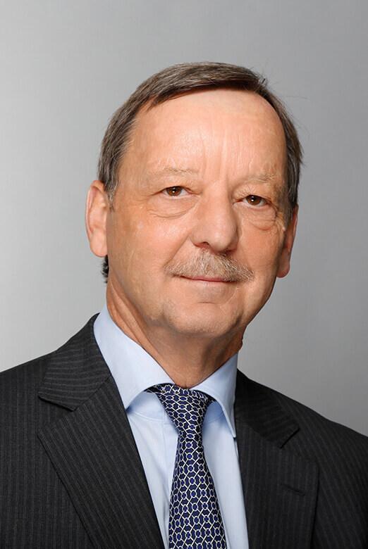 Dr. Walther Kieffer